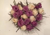 לב ורדים ולבנדר יבשים